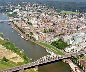 Arnhem, renaciendo de sus cenizas