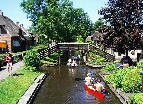 Giethoorn, bote, canales