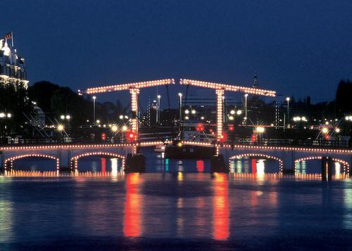 Puente Mager en Amsterdam
