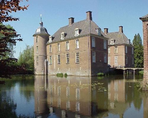 El Castillo Slangenburg y la Abadia de San Willibrord
