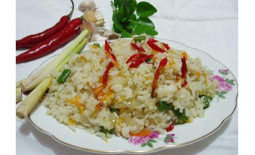 Nasi, una receta indonesa en Holanda