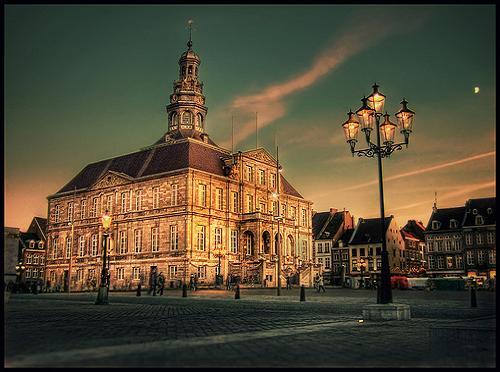 Maastricht…jesús!, historieta y retrato de una ciudad